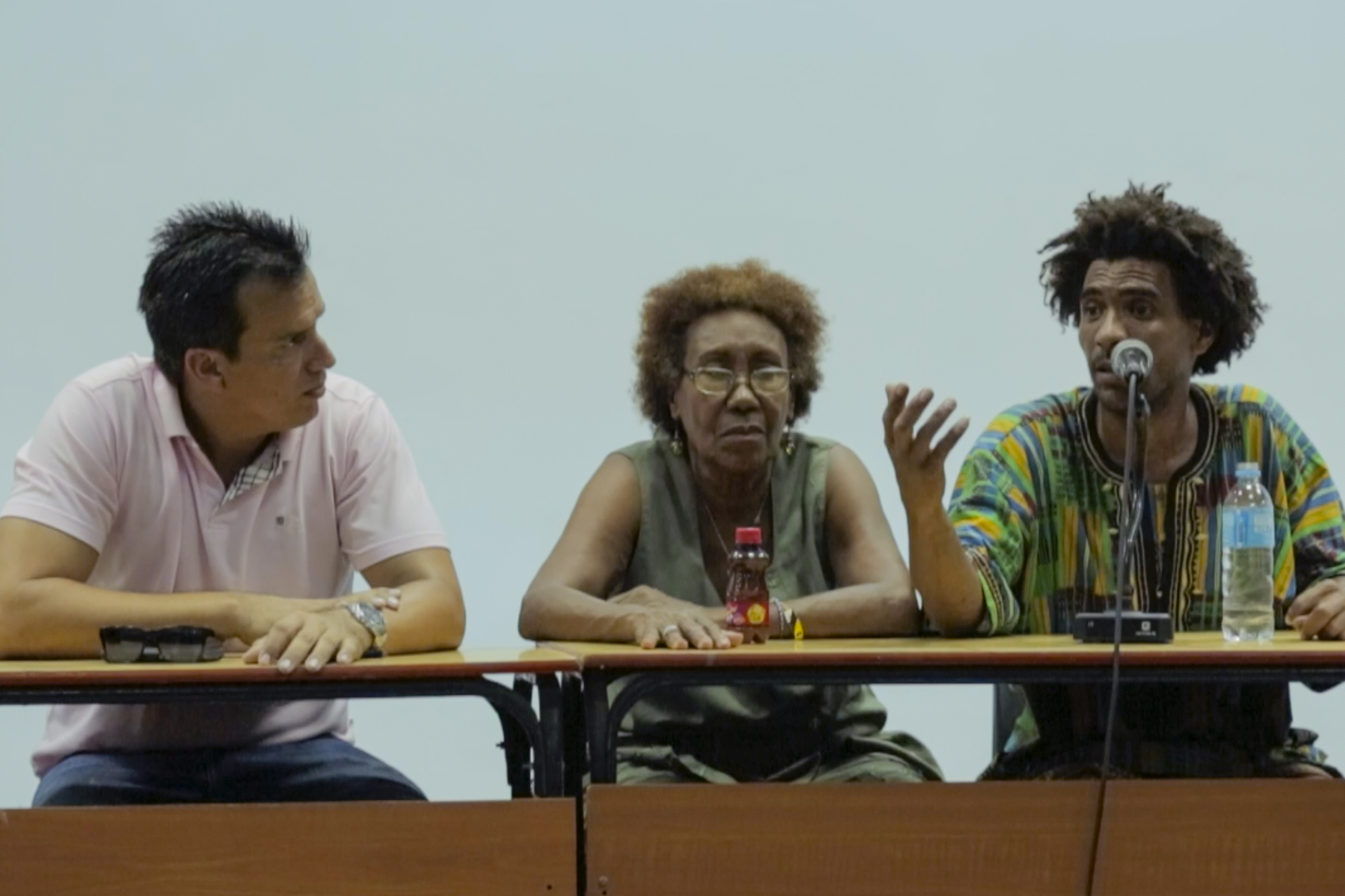 Cuban poets discuss spoken word's place in Cuba's rich poetic tradition at the University of Havana during Zonas Poeticas
